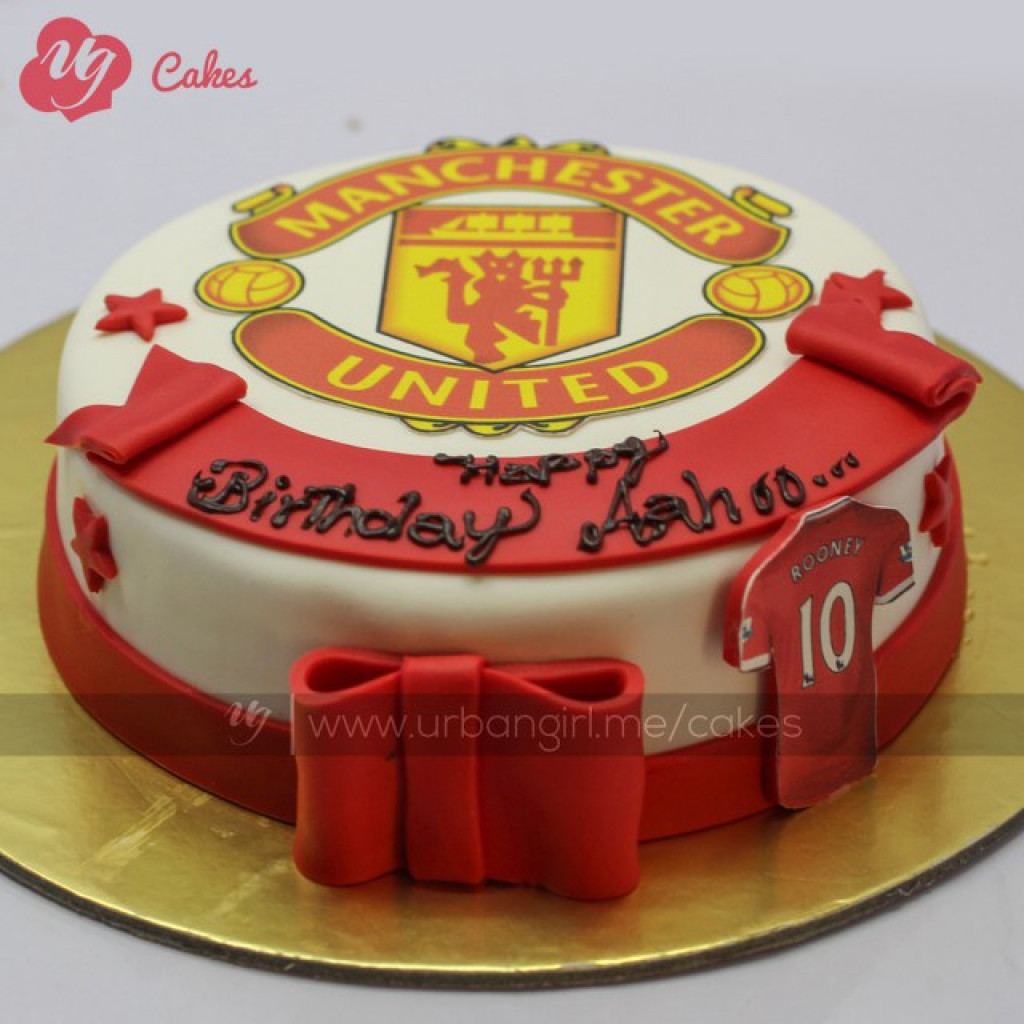 Manchester United Cake With Fondant